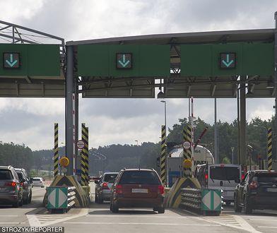Korki na autostradowych bramkach to od lat duży problem.