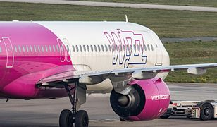 Gdańsk. Na lotnisku doszło do stłuczki samolotu Wizz Air z samochodem