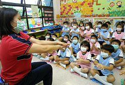 """""""Zmowa z obcymi siłami""""? Hongkong rozpocznie indoktrynację 6-latków"""