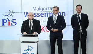 Jarosław Kaczyński prezentuje kandydatów Zjednoczonej Prawicy na prezydentów dużych miast. 26 kwietnia 2018 r.