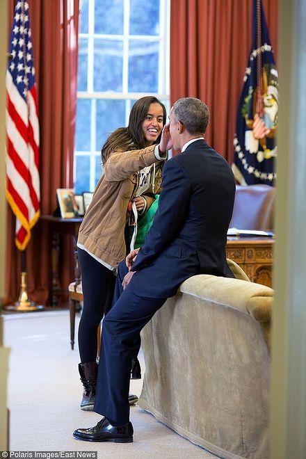 Obama odmówił wygłoszenia przemówienia na zakończeniu roku w szkole córki