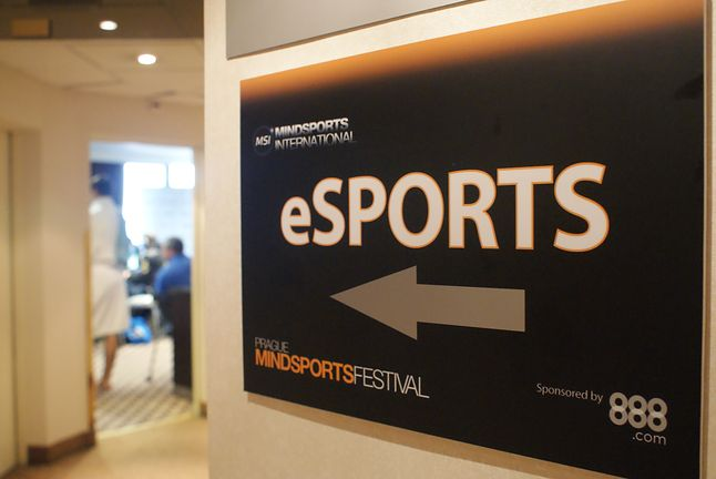 by eSports CS:GO, Creative Commons