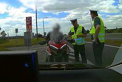 Inspektorzy CANARD-u w nieoznakowanym radiowozie ukarali motocyklistę i skuterzystę