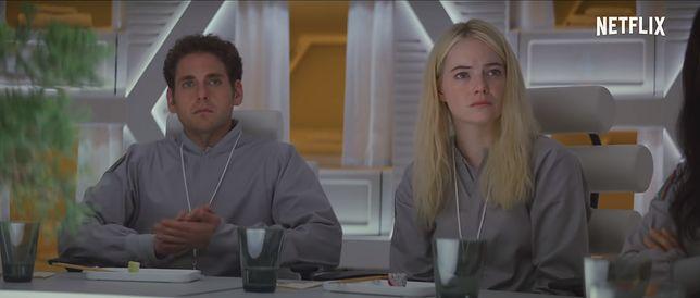 """Emma Stone w nowym serialu produkcji Netflix """"Wariat"""". Jest trailer!"""
