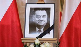 Znana jest oficjalna data żałoby narodowej po śmierci Jana Olszewskiego