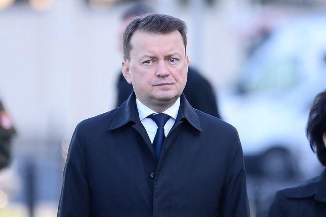 Koronawirus w Polsce. Mariusz Błaszczak to kolejny członek rządu, który musi przebywać na kwarantannie