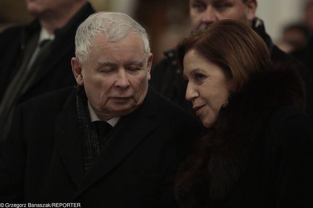 Tajemnice pani Basi, sekretarki Kaczyńskiego. Miała dostęp do tajnych akt w PRL