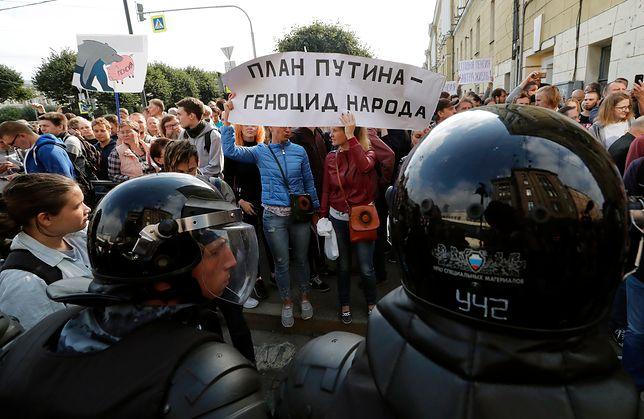 Rosja: protesty przeciwko podniesieniu wieku emerytalnego. Setki zatrzymanych