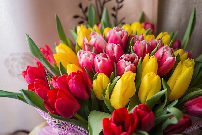 Dzień Matki 2019 – Wyjątkowe życzenia na Dzień Mamy. Rymowanki i klasyczne życzenia