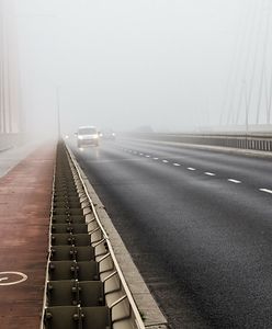 Pogoda. IMGW ostrzega przed mgłą. Termometry wskażą nawet 13 st. C