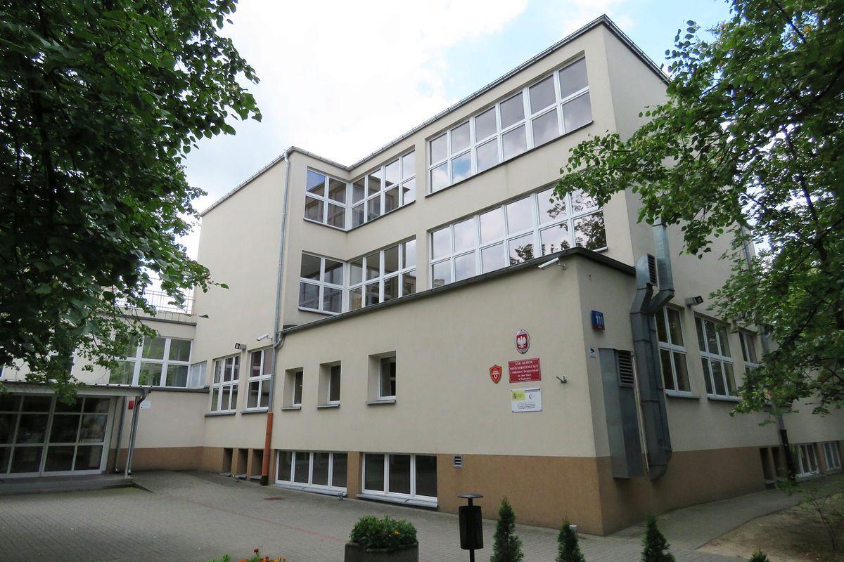 Warszawa. W liceum potwierdzono przypadek koronawirusa