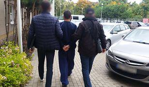 Zadźgał nożem ojczyma. Wpadł na Dworcu Centralnym w Warszawie