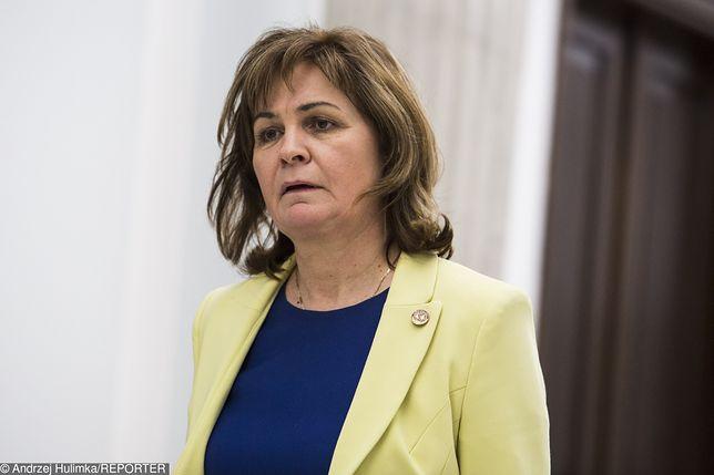 Posłanka Małgorzata Zwiercan nie usłyszała do tej pory zarzutów za głosowanie na dwie ręce