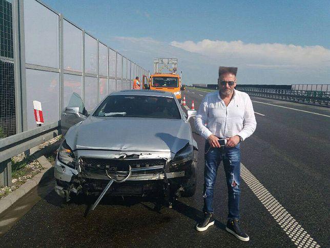 Krzysztof Rutkowski miał wypadek. Jego samochód uderzył w barierki na A1