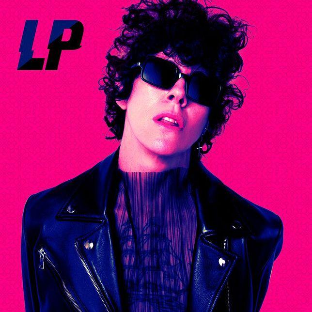 "LP na okładce singla ""The One That You Love"""