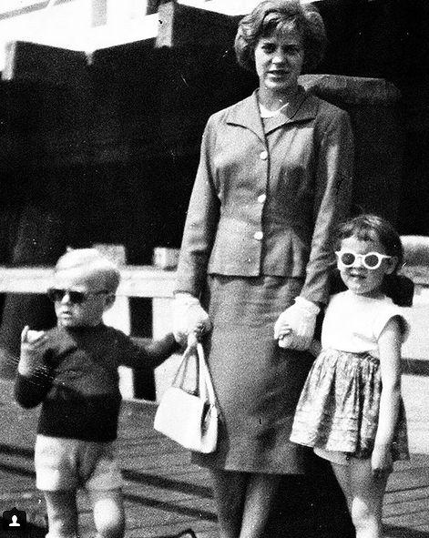 Donald Tusk opublikował zdjęcie z dzieciństwa