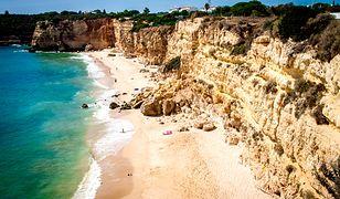 Malownicze Wrota Piekieł na portugalskim wybrzeżu leżą nieopodal miasta Boca