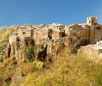 Włochy - skandalizujące miasteczko Calcata