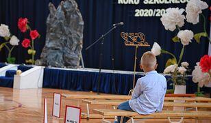 Koronawirus w Warszawie. Pierwsza szkoła podstawowa w trybie zdalnym (zdjęcie ilustracyjne)