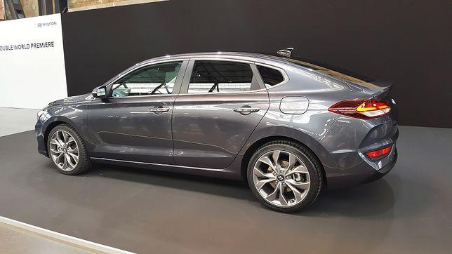 Hyundai i30 Fastback (2017) - premiera praktycznego kompaktu ze sportową nutką