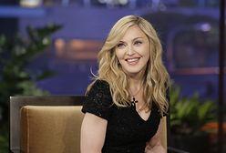 Madonna sprzeda swoje roznegliżowane zdjęcia. Wesprze osoby LGBTQ+
