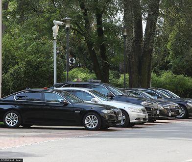 Do administracji rządowej miało trafić 280 nowych aut