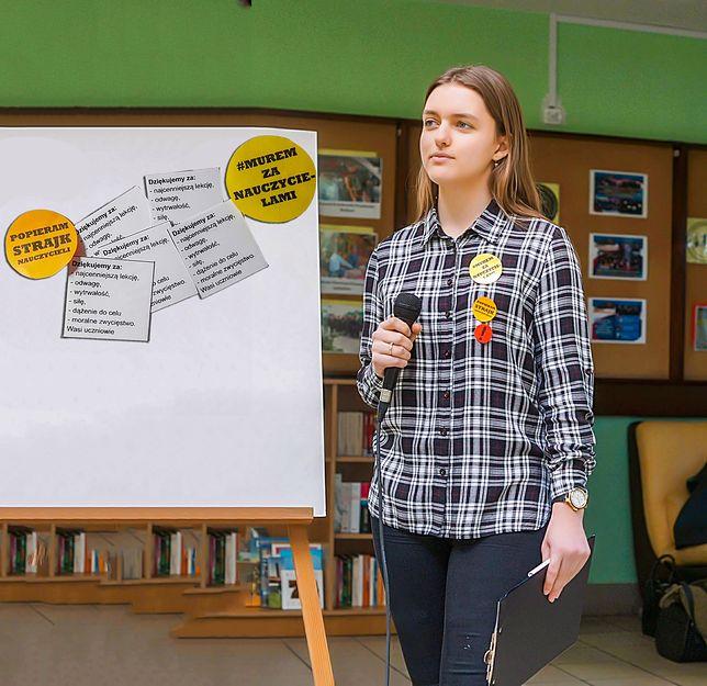 Julia Łoś, uczennica II LO w Kwidzynie wspierała nauczycieli przez całą akcję strajkową