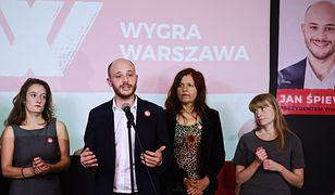 Jan Śpiewak wg exit polls dostał około 3 proc. głosów.