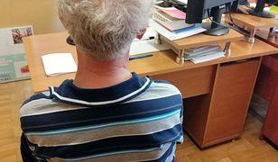 Siemianowice Śl. W koszuli nocnej uciekła przed agresywnym mężem. Z opresji wybawił ją sąsiad