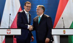 Morawiecki w Budapeszcie musiał robić dobrą minę do złej gry