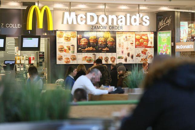 Koronawirus w Polsce. McDonald's zamknięty. Pracował w nim syn ciężko chorej kobiety