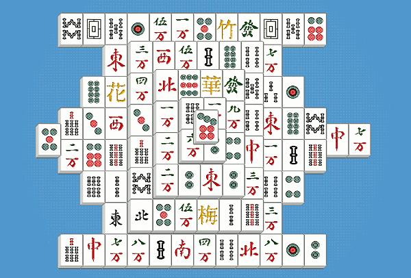 Mahjong — znakomita gra, dla czterech osób, wywodząca się z Chin. Dzięki Kurnikowi ją odkryłem (na Kurniku występuje wersja jednoosobowa).