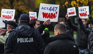 Protest przeciwko ustawie Just 447 w Warszawie w listopadzie 2019 r.