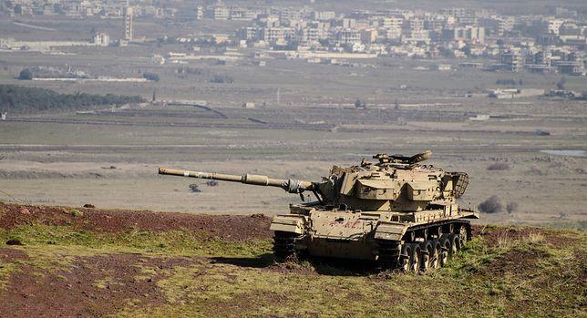 Izrael otworzył ogień z czołgu i bojowego śmigłowca