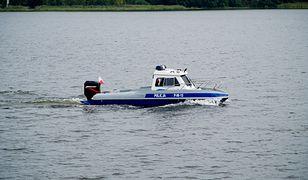Śląskiej. Dzięki szybkiej reakcji policyjnych motorowodniaków udało się na zbiorniku w Pławniowicach uniknąć tragedii.