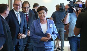Premier nie widzi w tej chwili potrzeby wprowadzania zmian w rządzie.