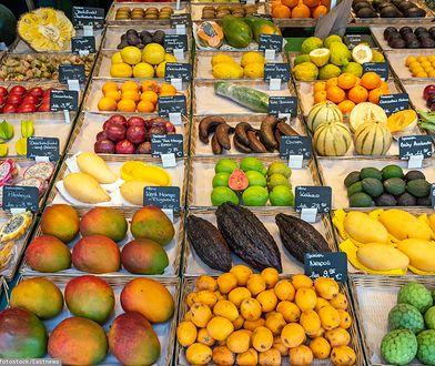 Z zagranicy owoców nie przywieziesz, poza wyjątkami. Ważna zmiana przepisów
