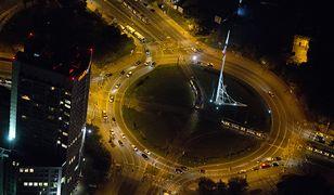 Nocna Warszawa z lotu ptaka [NIESAMOWITE ZDJĘCIA]