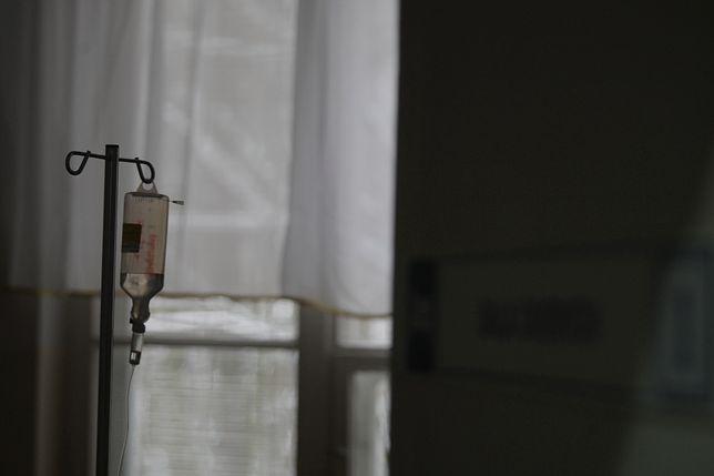 Maltretowana przez ojca 19-latka zmarła w hospicjum
