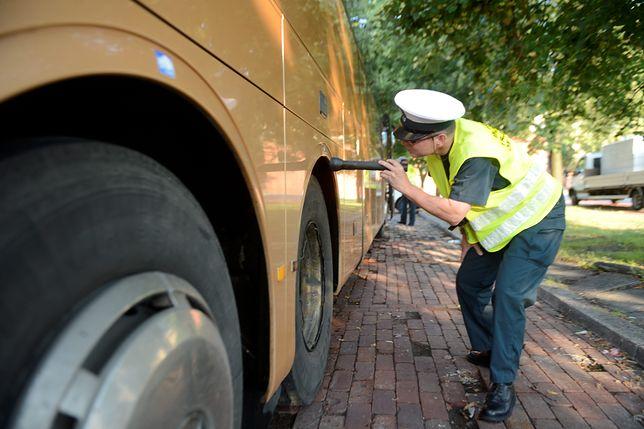 Kontrola autokaru przez ITD.