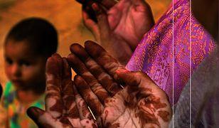 Dziewięć żywotów. Na tropie świętości we współczesnych Indiach