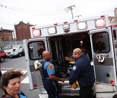 Na miejsce przysłano liczne wozy policji i straży pożarnej