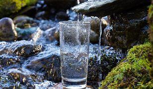 Wody termalne to naturalny sposób na cerę z problemami