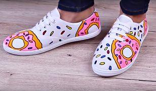 Metamorfoza białych butów