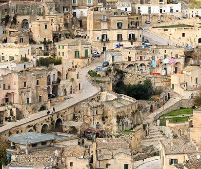 Na terenie obecnych Włoch istniały kiedyś m.in.: Królestwo Sardynii, Królestwo Obojga Sycylii i Księstwo Modeny