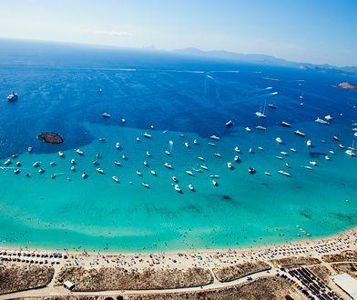 Na Formenterze znajdziemy zarówno wydmy, plaże, mokradła, jak i skaliste strefy przybrzeżne czy stare baseny do wydobywania soli