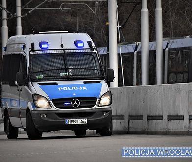 Wrocław. Samotny spacer 4-latka w centrum. Chłopca uratowali policjanci