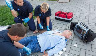 Nietypowy protest medyków. Będą na ulicach uczyć pierwszej pomocy