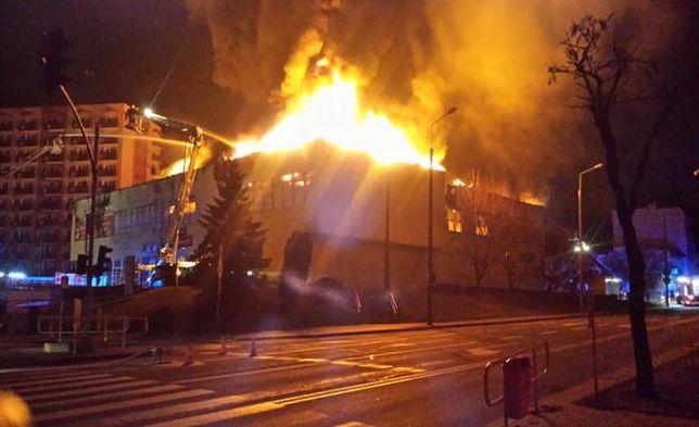 Prokuratura przedłuża śledztwo w sprawie podpalenia tczewskiego domu towarowego