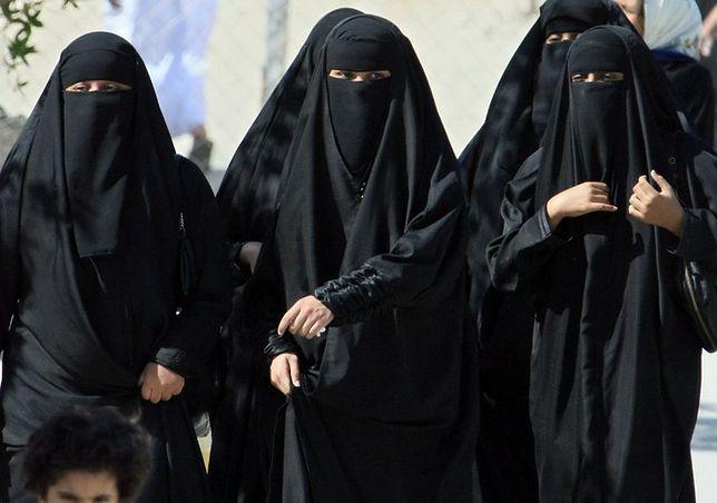 Niemcy: przegłosowano ustawę zabraniającą noszenia nikabu i burki